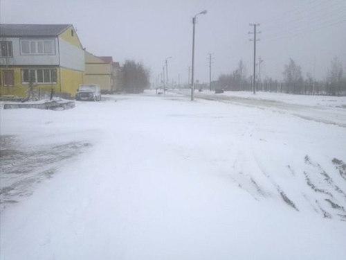 russia-summer-snow3