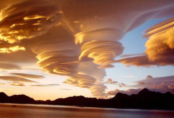 lenticular-cloud-4