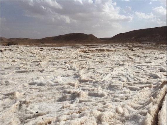 freak-hailstorm-saudi-arabia-2