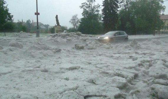 Czech-hail-01