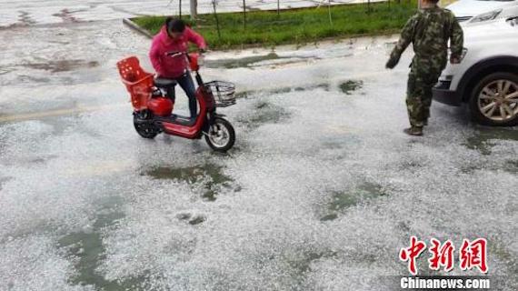 china-hail-0619