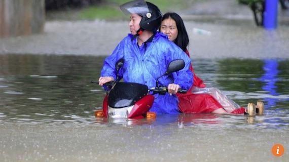 bike-floods-07
