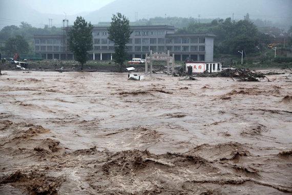 hebei-floods-02
