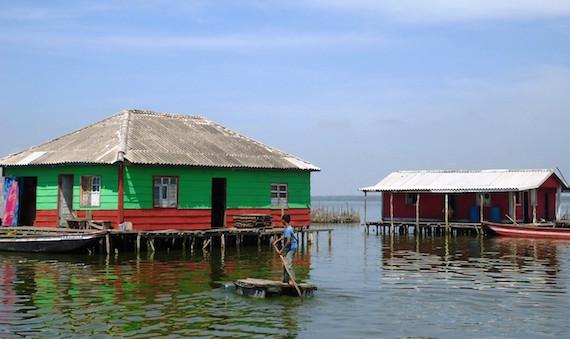 nueva-venecia-houses02