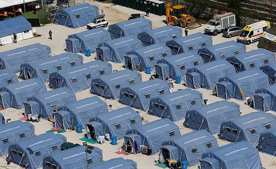 italy-quake-tents
