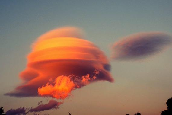 lenticular-clouds-sicily