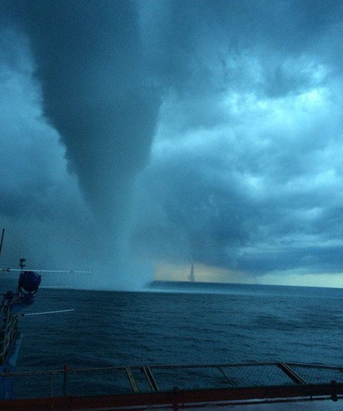 waterspout-black-sea