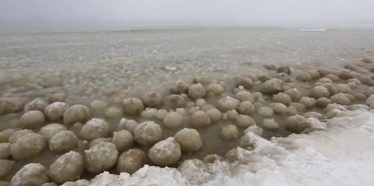 michigan-ice-balls
